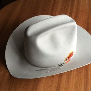 77f4d352e9f Vintage never worn Bailey Beaver cowboy hat
